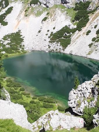traumhaft schöner Bergsee - der Silberkarsee in Ramsau